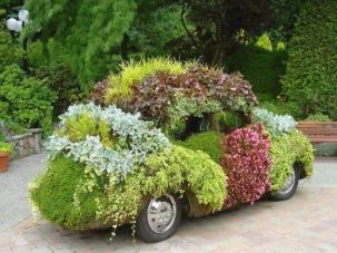 No one likes a show-off.  So can it, flower car boy.