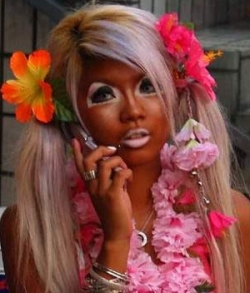 I hope her spray tan consultant makes amends to this young lady...