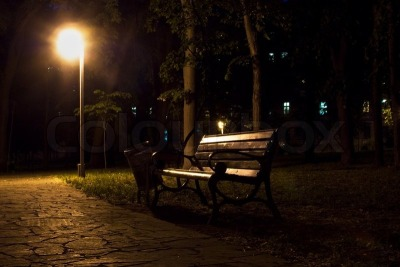 1926879-night-view-of-park-bench-and-street-lantern